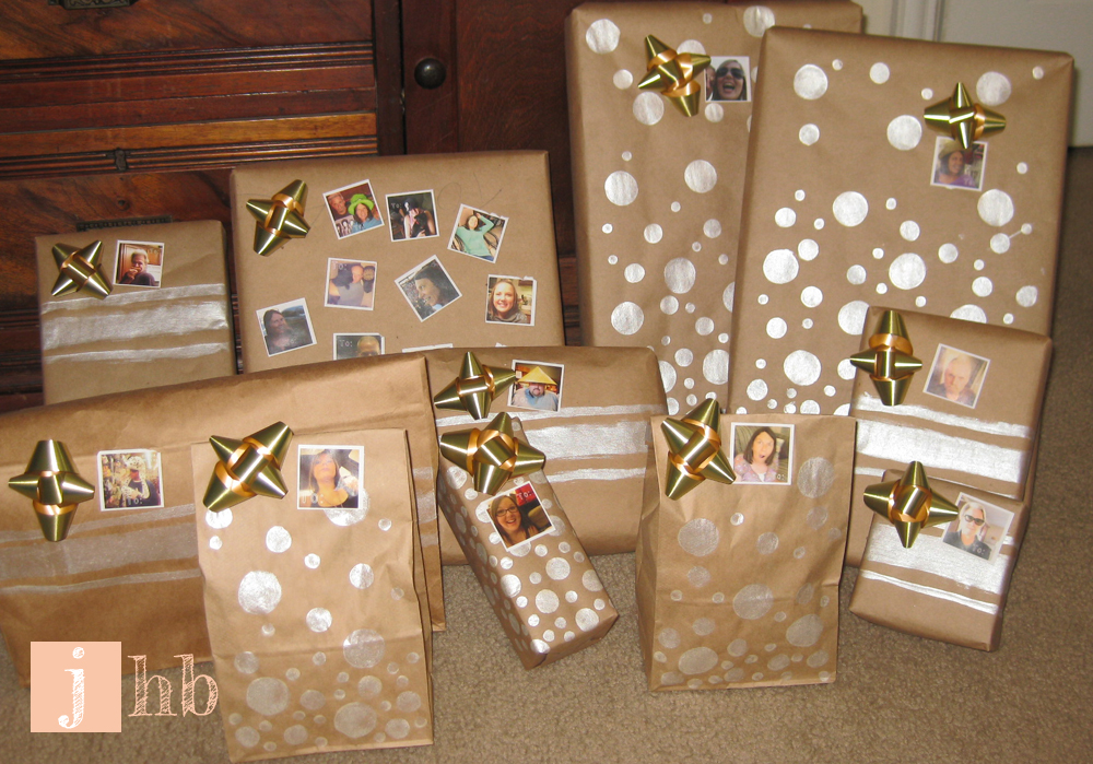 diy gift wrap and gift tags - Elegant Christmas Wrapping Paper