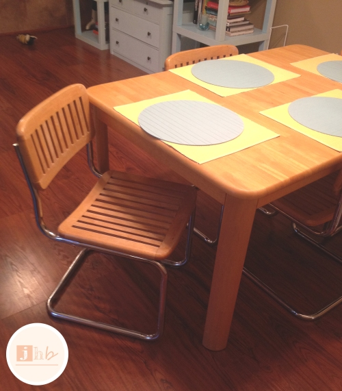 Mid Century Dining Table and Chairs Found on Craigslist