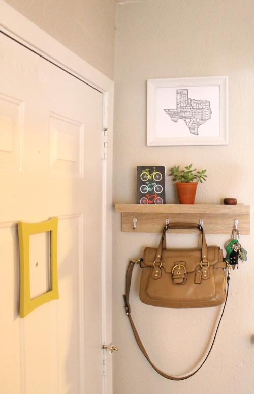 inexpensive small space decor